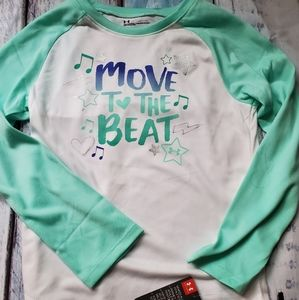 Nwt under armour top girls 6 new